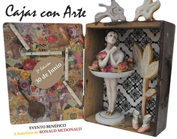 exposicion : -CAJAS CON ARTE- : en Restaurante Vino Mio